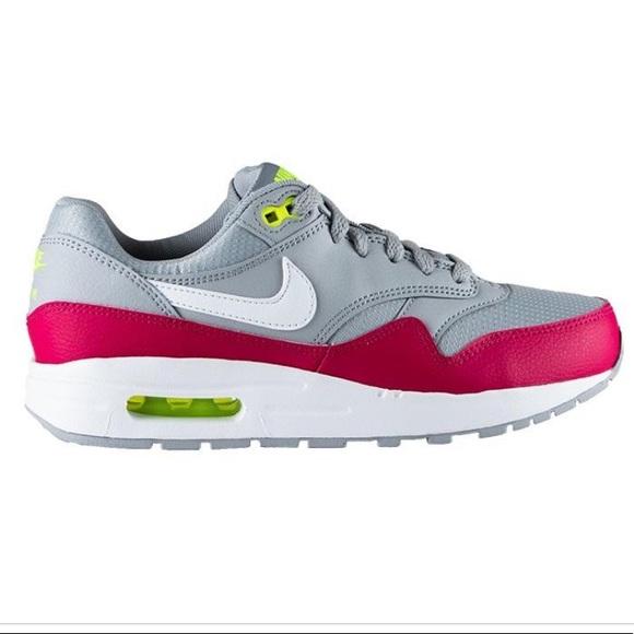 Brand New Nike Air Max 1
